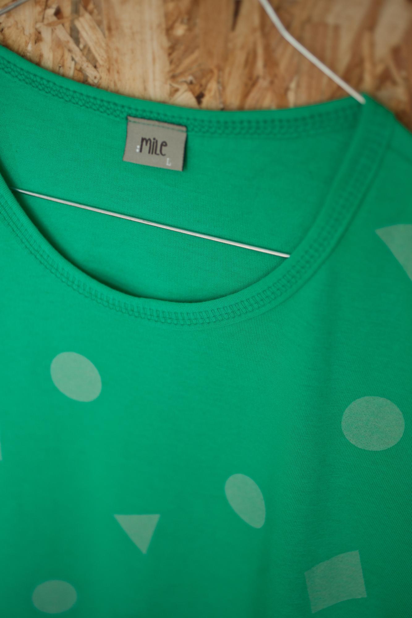 zelená geometria pánske tričko