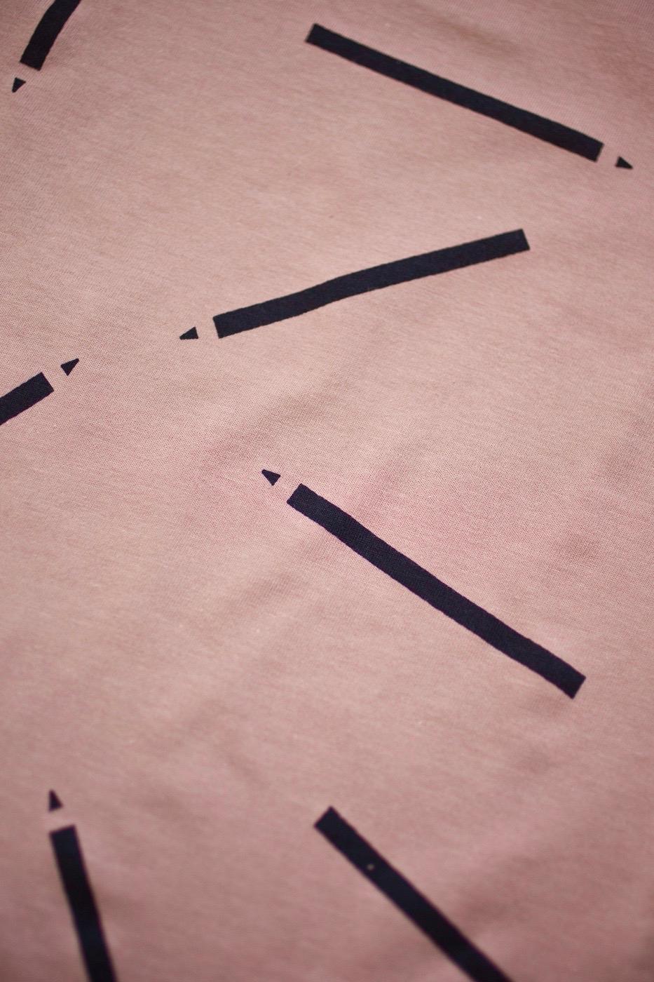 ceruzky tričko dlhý rukáv